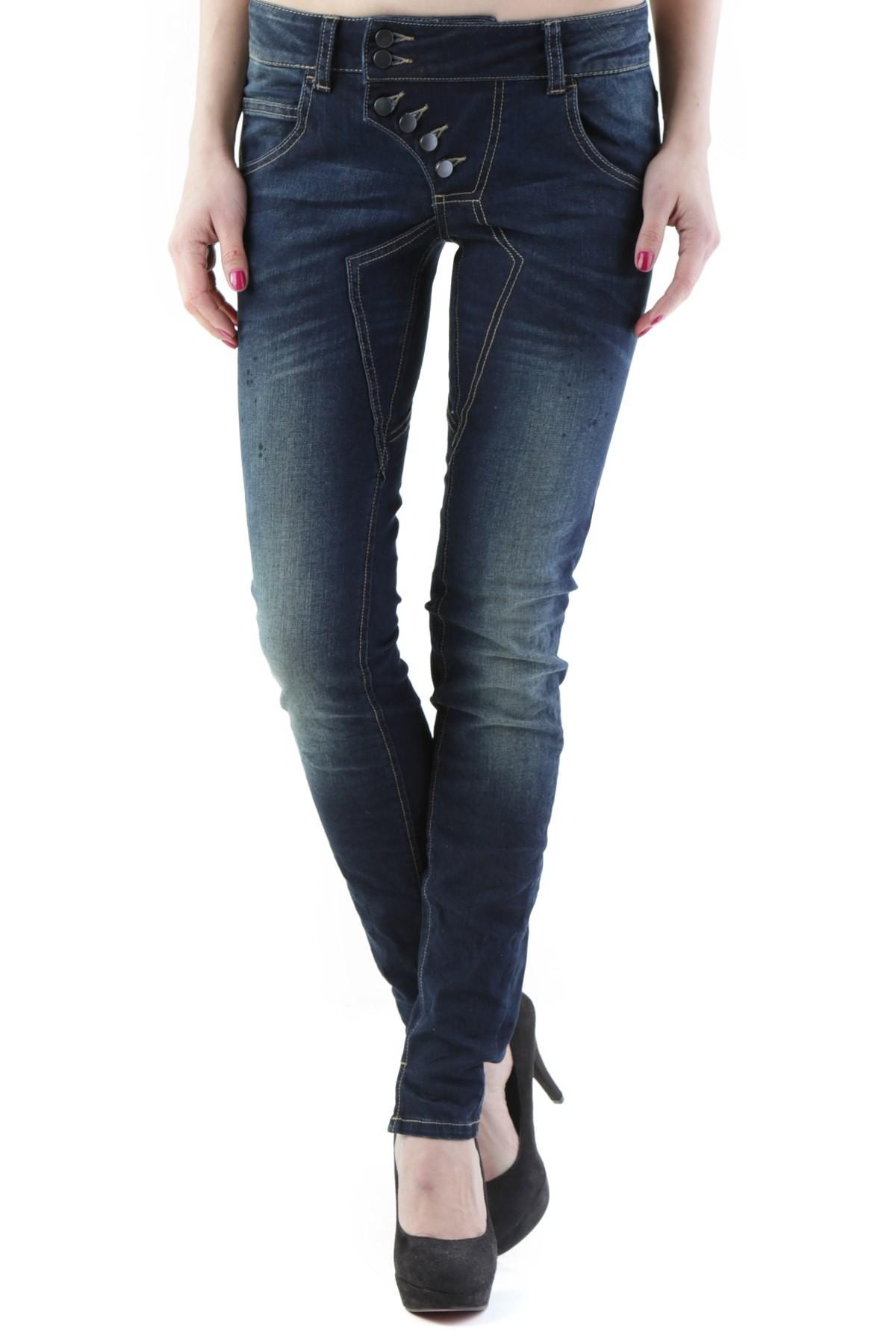 Marchio 525 Genere Donna Tipologia Jeans Stagione Autunno/Inverno  DETTAGLI…
