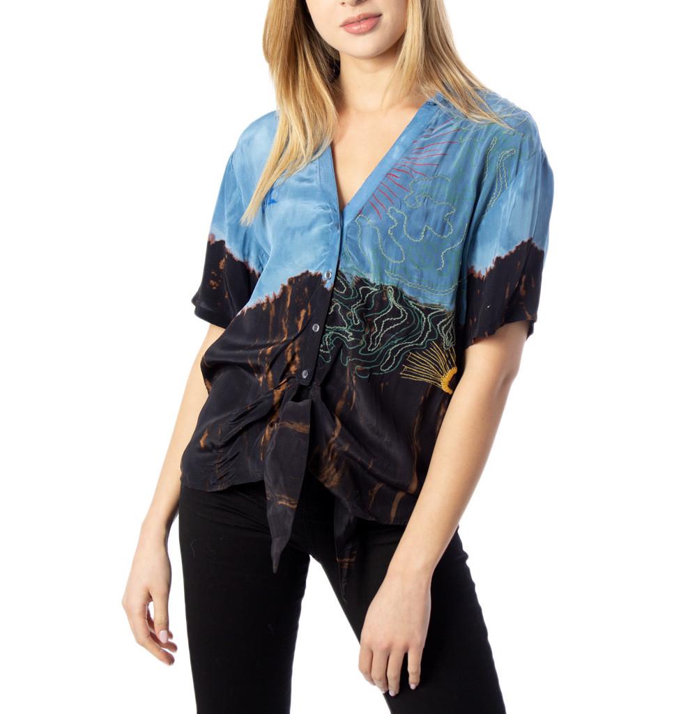 Marchio Desigual Genere Donna Tipologia Camicie Stagione Primavera/Estate  …