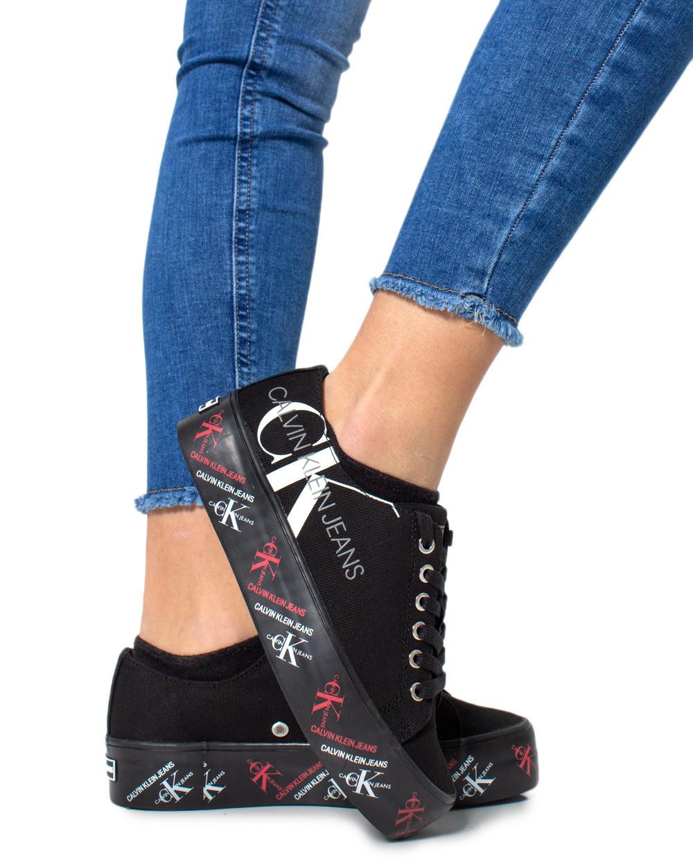 Marchio Calvin Klein Jeans Genere Donna Tipologia Sneakers Stagione Primave…