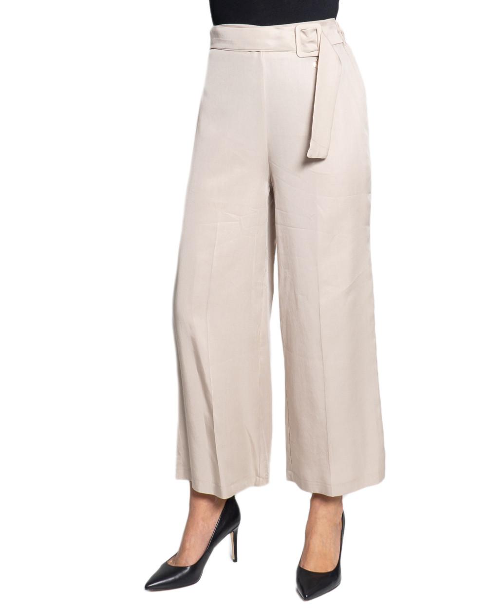 Marchio Ak Genere Donna Tipologia Pantaloni Stagione Primavera/Estate  DETT…