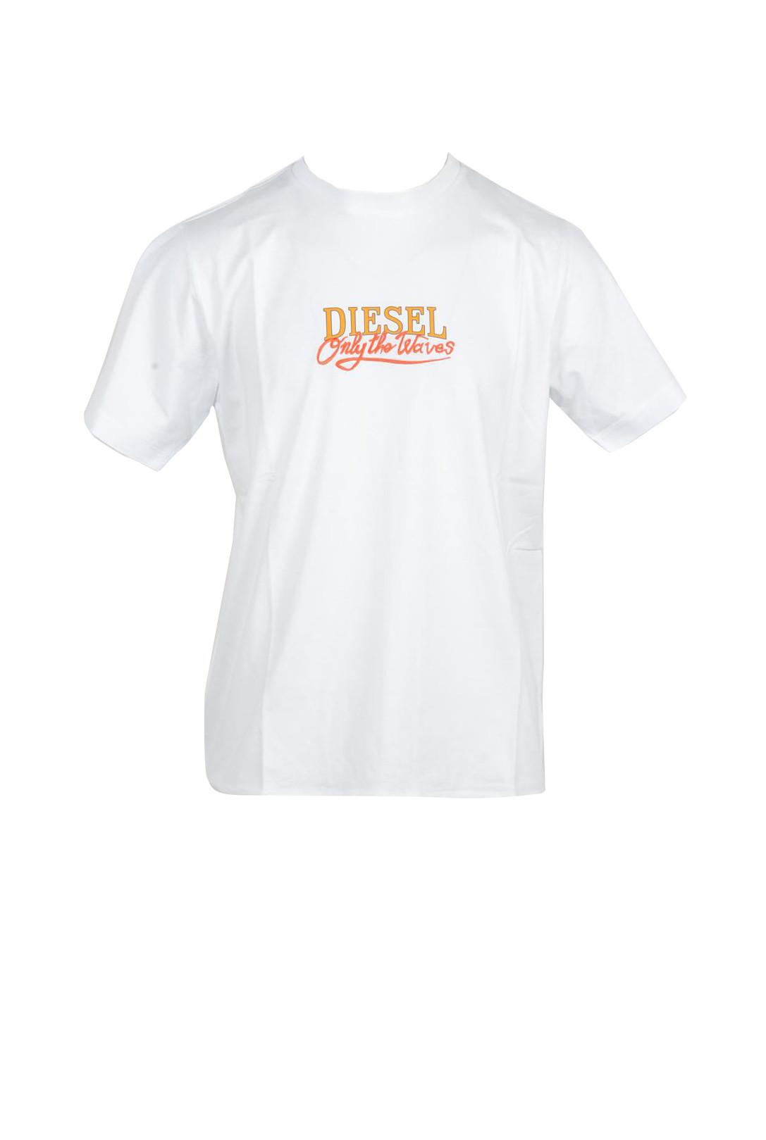Marchio Diesel Genere Uomo Tipologia T-shirt Stagione Primavera/Estate  DET…